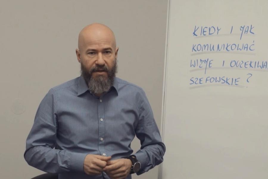 #20 Porcja Wiedzy – Kiedy i jak komunikować wizje i oczekiwania szefowskie?